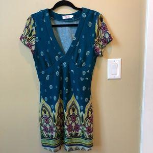 Beautiful Women's knit tunic/dress